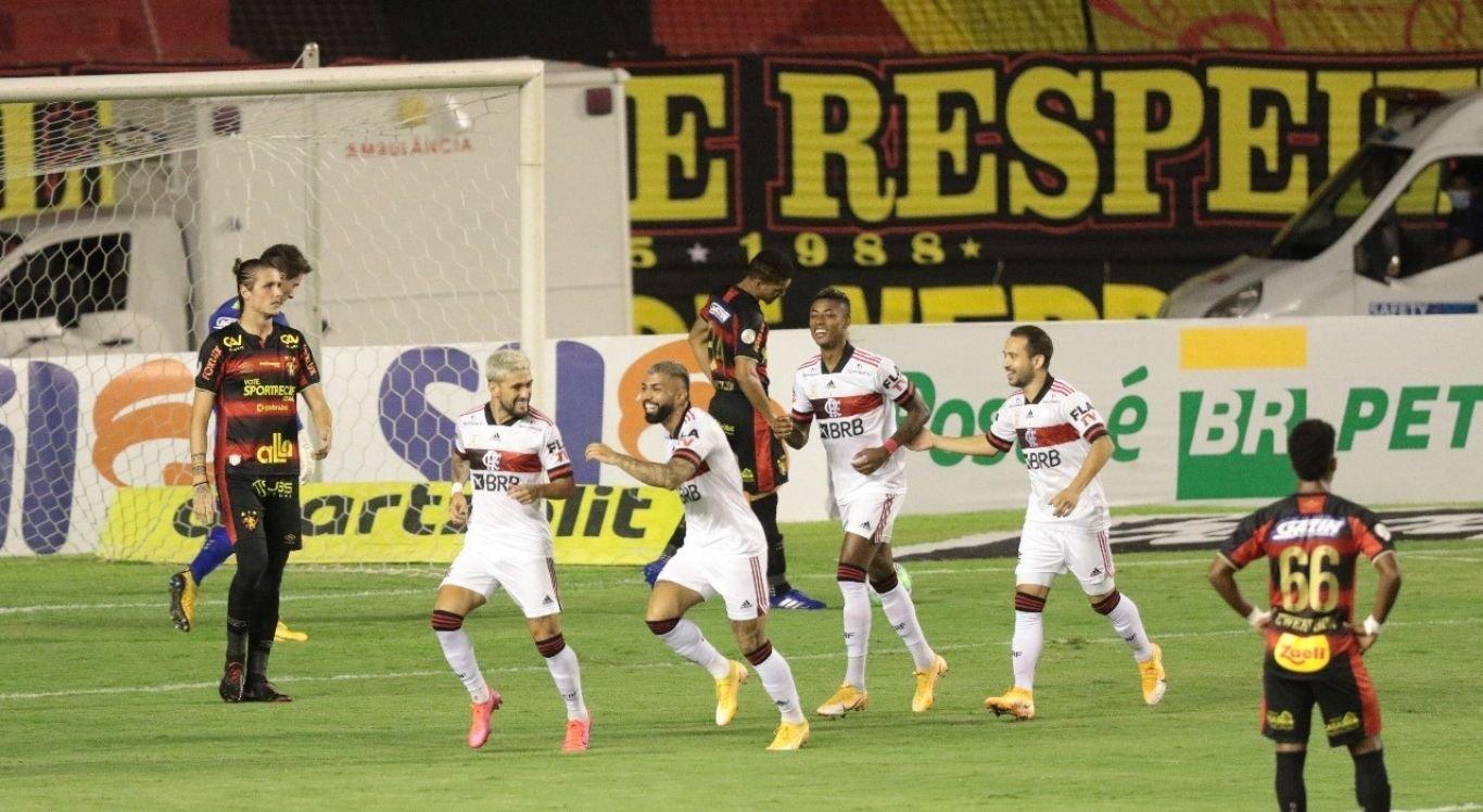 Flamengo vence o Sport na Ilha do Retiro e se aproxima do Internacional