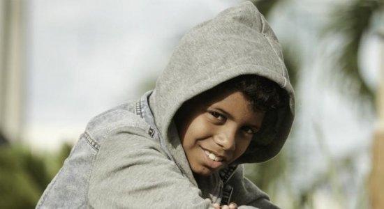 Aos 13 anos, MC Bruninho compra carro avaliado em R$ 260 mil: 'Deus abençoou!'