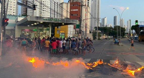 Protesto na Avenida Norte deixa trânsito complicado no Recife