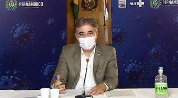 Participa, na ocasião, o secretário de Educação de Pernambuco, Marcelo Barros.