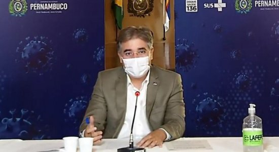 Governo de Pernambuco libera aulas presenciais nas escolas municipais; confira datas