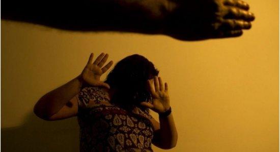 Cinco estados, entre eles Pernambuco, somaram 449 casos de feminicídio em 2020