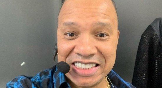 Ativista LGBTQIA+ decide processar vocalista do Molejo, Anderson Leonardo