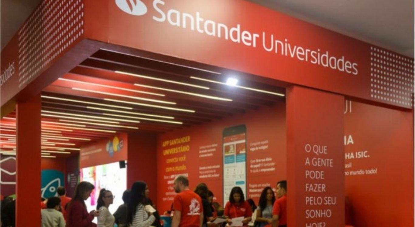 São 1520 benefícios no Santander Graduação 2021