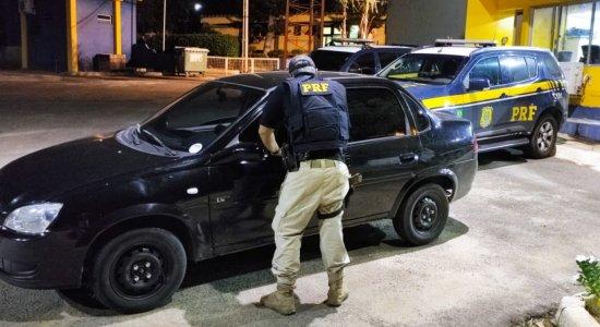 Quatro veículos roubados são recuperados pela PRF em Caetés e Sertânia