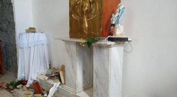 Homem destrói imagens sacras na Bahia