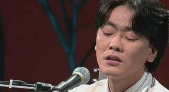 Inteligência artificial aprendeu músicas e treinou para imitar a voz de Kim Kwang-seok
