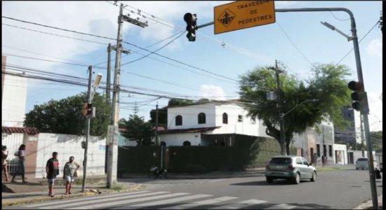 Recife implanta semáforos sonoros para acessibilidade de pessoas cegas
