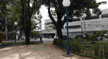 Prédio de luxo fica localizado no entorno da Praça Fleming, no bairro da Jaqueira