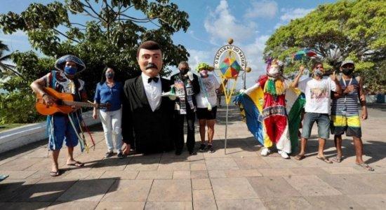 Bacalhau do Batata e Mungunzá de Zuza celebram Carnaval simbolicamente