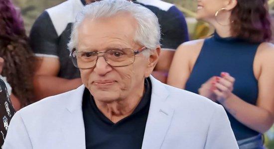 Aos 84 anos de idade, Carlos Alberto de Nóbrega é internado com covid-19