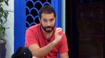Gilberto Nogueira, o Gil, disse dentro do BBB que torce pelo Sport