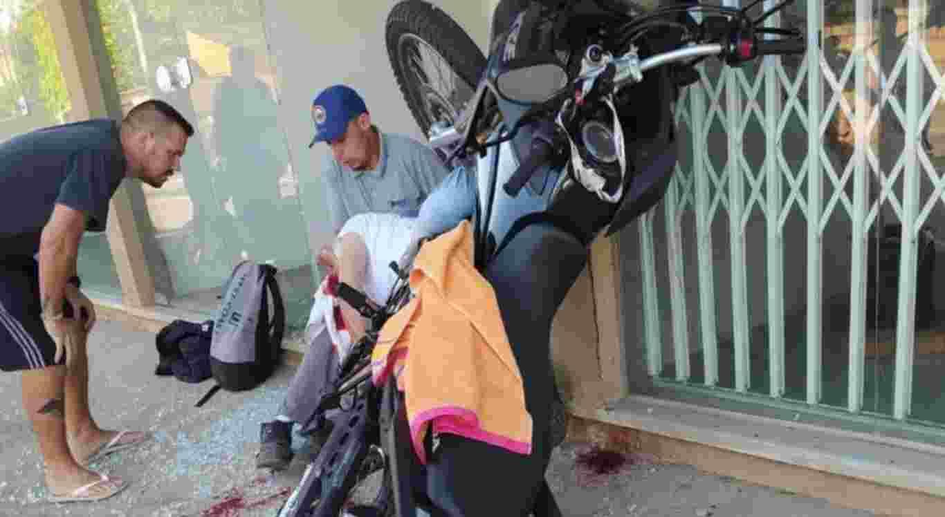 o motociclista ficou ferido