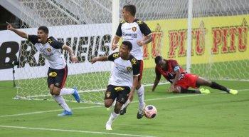 Sport vence de virada a equipe do Vera Cruz, na estreia do Pernambucano