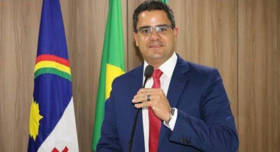 Siqueirinha toma posse como prefeito interino de Arcoverde