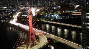 Protesto na Ponte Governador Paulo Guerra, na Zona Sul do Recife