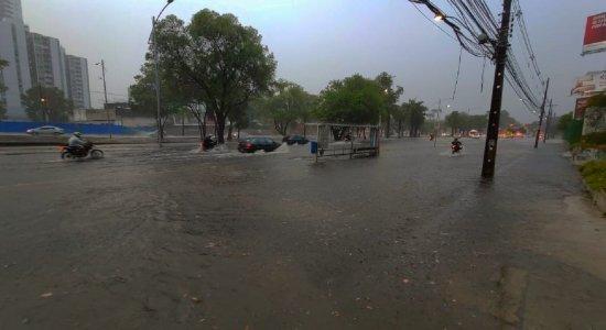 Apac emite novo alerta para possibilidade de chuvas moderadas a fortes no Recife