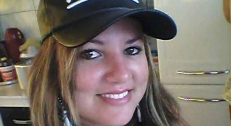 Demitida por se recusar a tomar vacina, enfermeira morre após reinfecção da covid-19