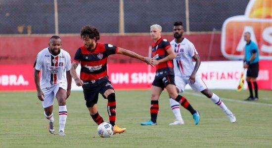 Santa Cruz perde para o Vitória na estreia da Copa do Nordeste