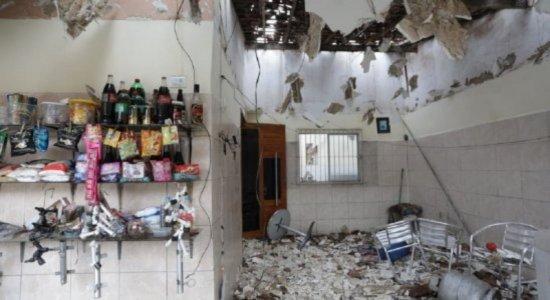 Idosa fica ferida após explosão em casa em Vitória de Santo Antão