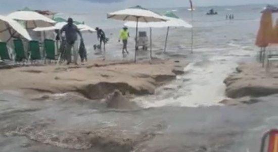 Novo vazamento de esgoto é registrado em Porto de Galinhas; veja vídeo
