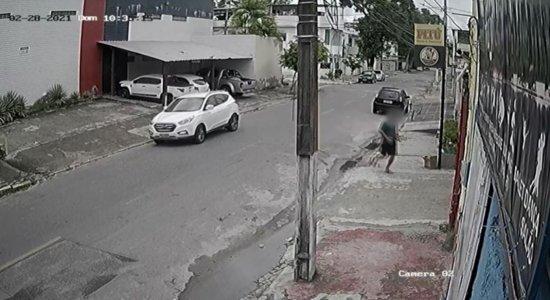Vídeo: Moradores vivem assustados com onda de assaltos na Zona Norte do Recife