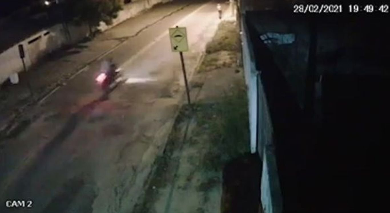 Motociclista perdeu o controle