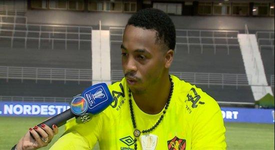 Goleiro do Sport valoriza oportunidade e revela inspiração em Magrão