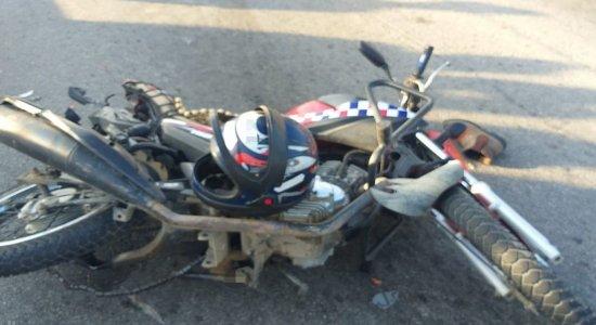 Motociclista morre em acidente envolvendo carro, na BR-104, em Caruaru