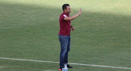 Jair Ventura chama a responsabilidade, defende jovens do Sport, mas cobra análise das 'circunstâncias'