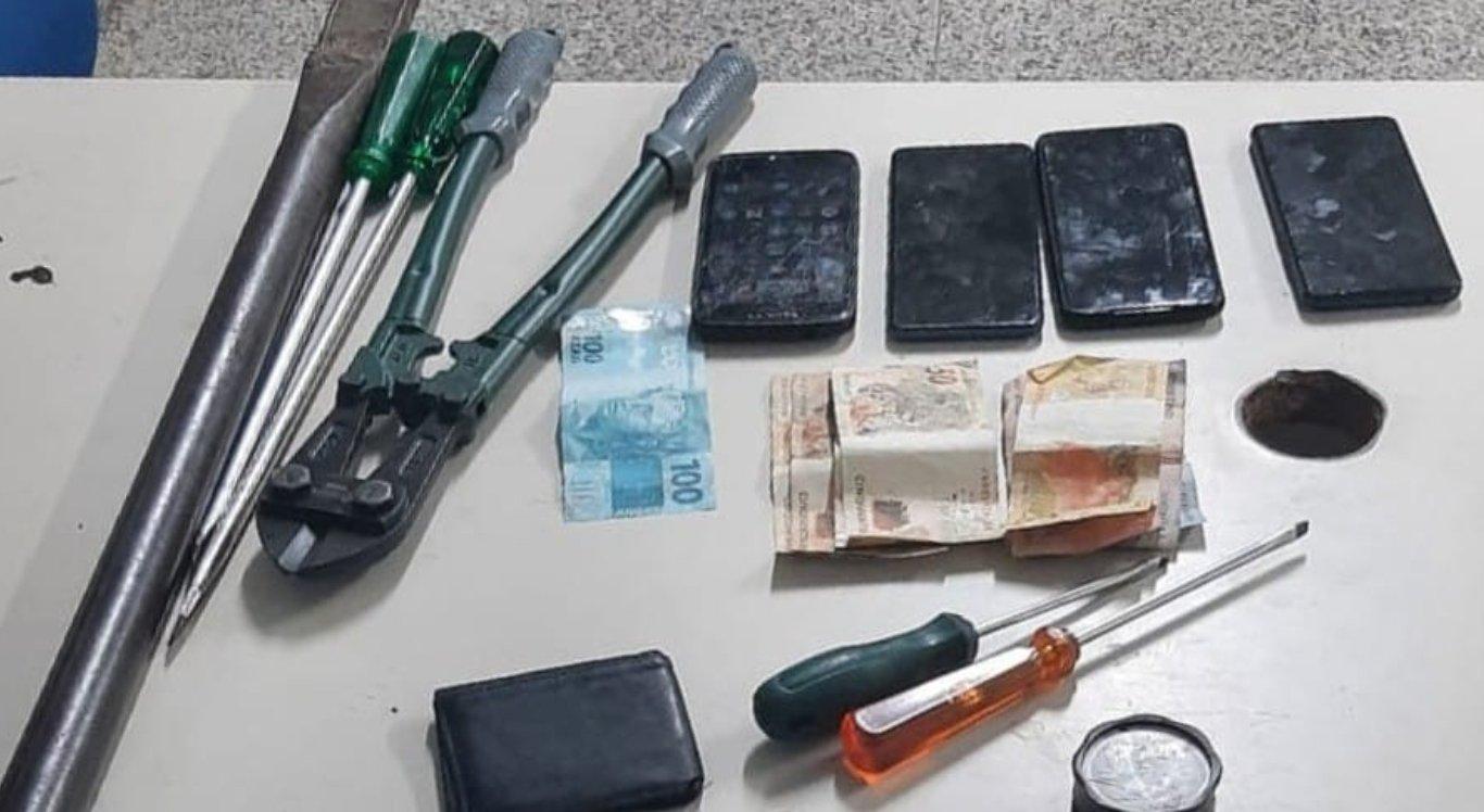 PM detém grupo da Paraíba que se preparava para furtar loja de cosméticos em Cumaru