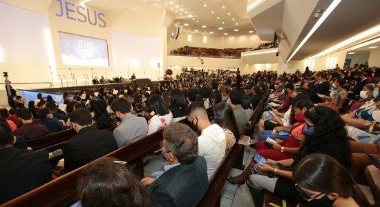 Projeto classifica igrejas como atividade essencial