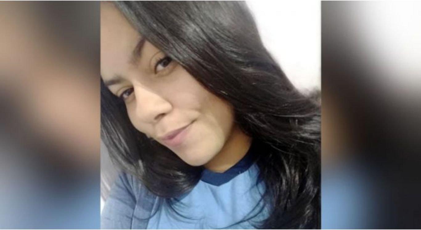 Vitória Castro morreu após desmaiar no banheiro de casa.