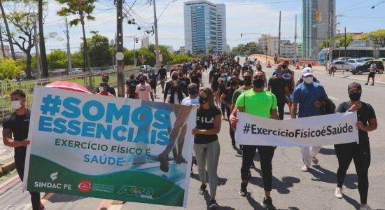 Protesto pede reabertura das academias durante quarentena em Pernambuco