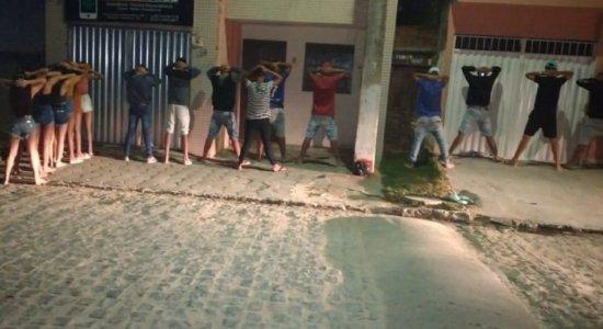 Em Garanhuns, Polícia acaba com festa clandestina com 30 pessoas na noite de sexta-feira