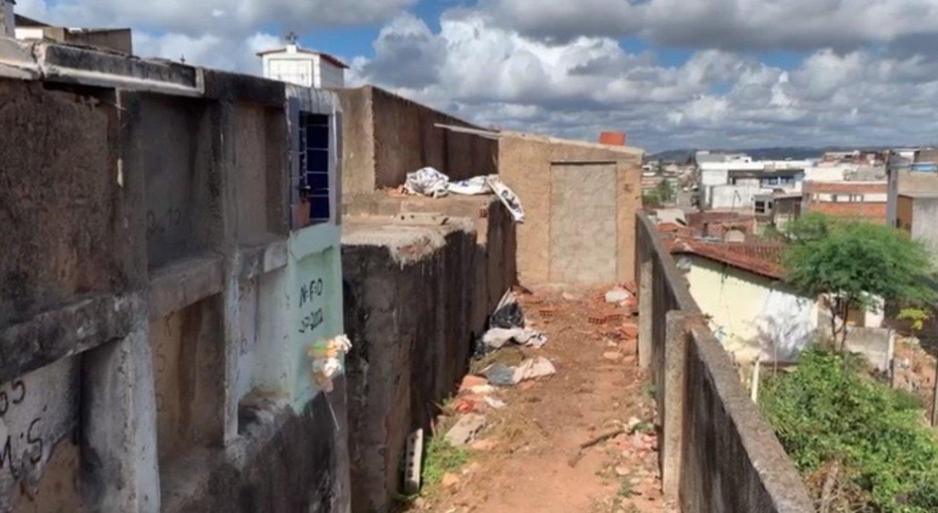 As ossadas foram encaminhadas a um local adequado em Vitória de Santo Antão