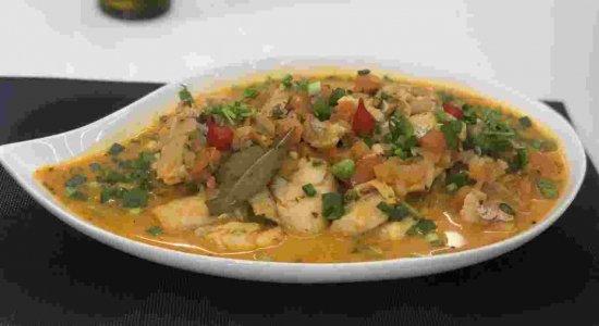 Aprenda a preparar uma receita deliciosa de Peixe ao Molho