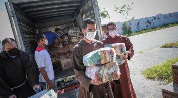 O Convento dos Capuchinhos, no Pina, onde muitas pessoas buscam auxílio, também foi beneficiado com as doações.