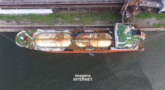 12 tripulantes de navios atracados nos portos do Recife e de Suape testam positivo para covid-19