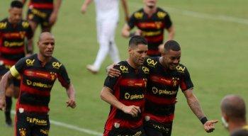 Sport e Central se enfrentaram na Ilha do Retiro, pela 4ª rodada do Pernambucano