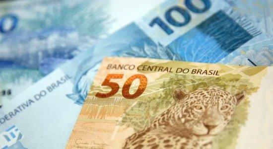 Projeto quer conceder abono salarial a aposentados de baixa renda; comissão rejeita
