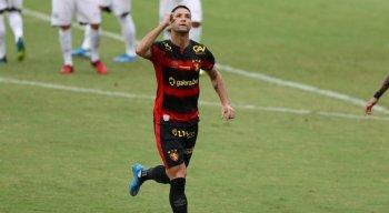 Thiago Neves ainda busca melhor condicionamento físico após ficar afastado por conta da covid-19