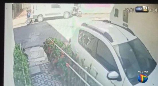 Vídeo: Policial militar é baleado em tentativa de assalto no Recife