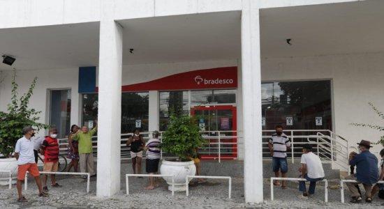 Agência do Bradesco é alvo de vandalismo e suspeito é preso após alarme disparar em Afogados