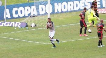 Cléber foi autor do segundo gol do Ceará contra o Sport
