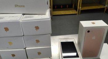 Leilão da Receita Federal oferece vários produtos, incluindo smartphones