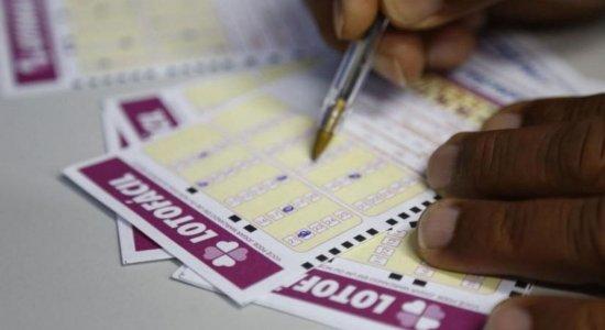 Pernambucanos ganham mais de R$ 2,7 milhões na Lotofácil da Independência; confira os números e como apostar