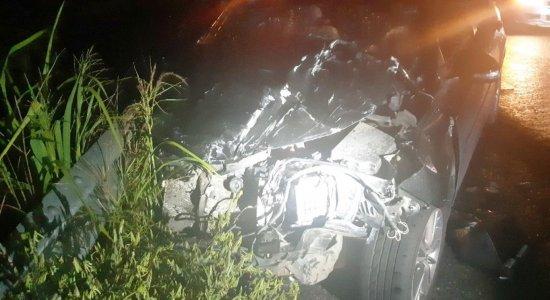 Colisão entre viatura da PM e carro deixa 4 feridos no Agreste de Pernambuco