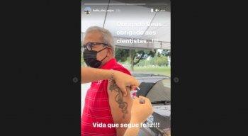 Hélio dos Anjos, técnico do Náutico, tomou a primeira dose da vacina contra a covid-19