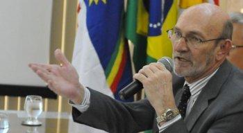 Desembargador do TJPE Bartolomeu Bueno